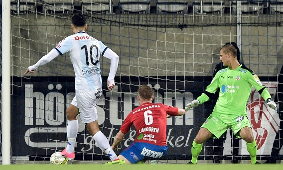 Deniz scoring the goal; photo: superettan.se